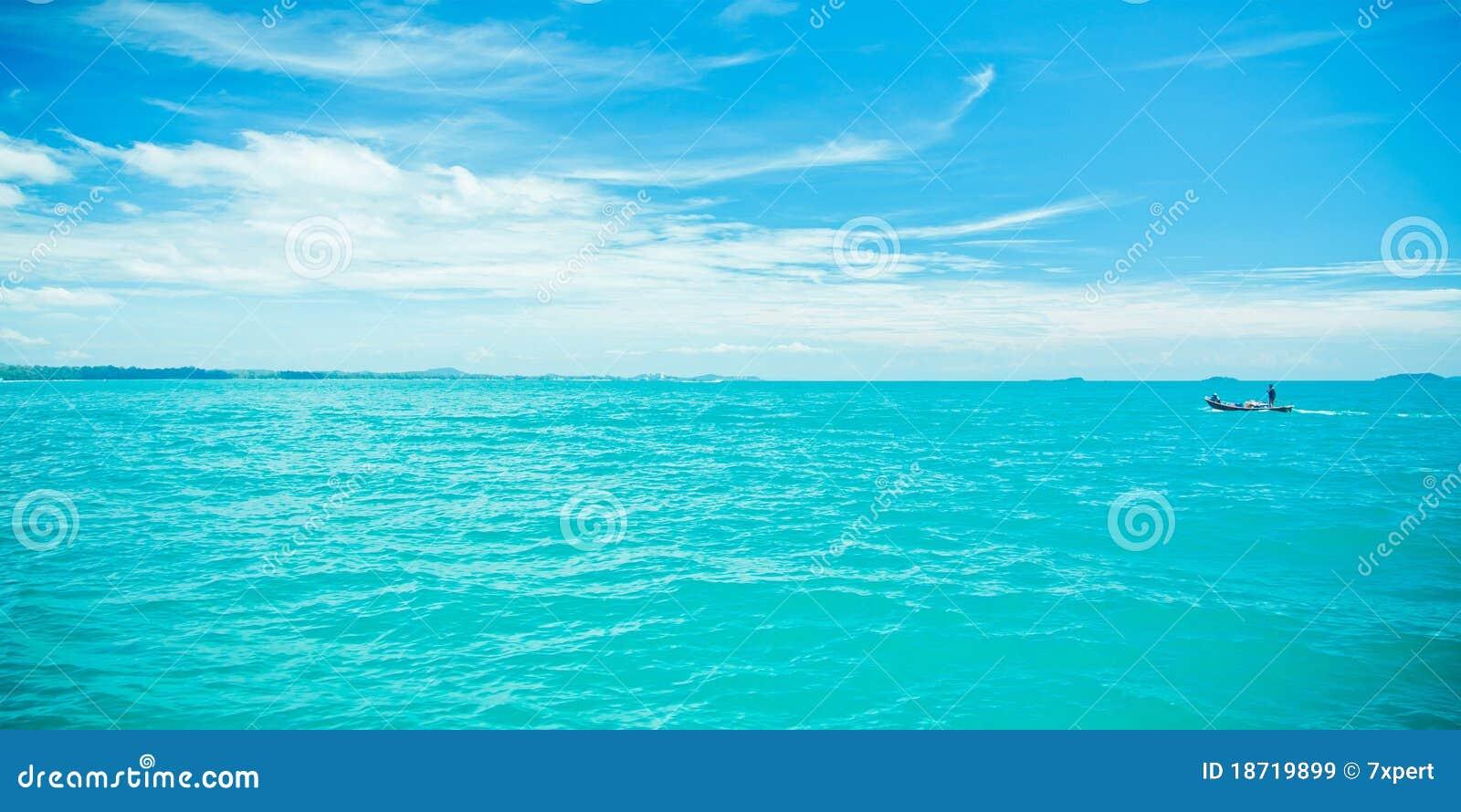 蓝色覆盖海运