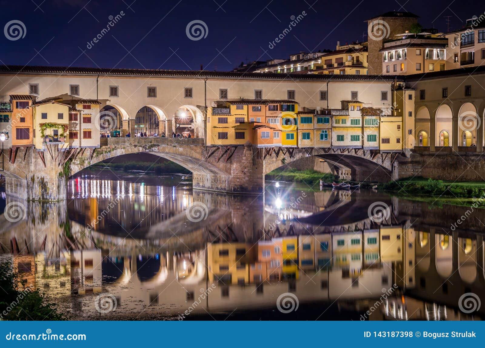 蓬特Vecchio在亚诺河河的佛罗伦萨在晚上,佛罗伦萨,佛罗伦萨,意大利