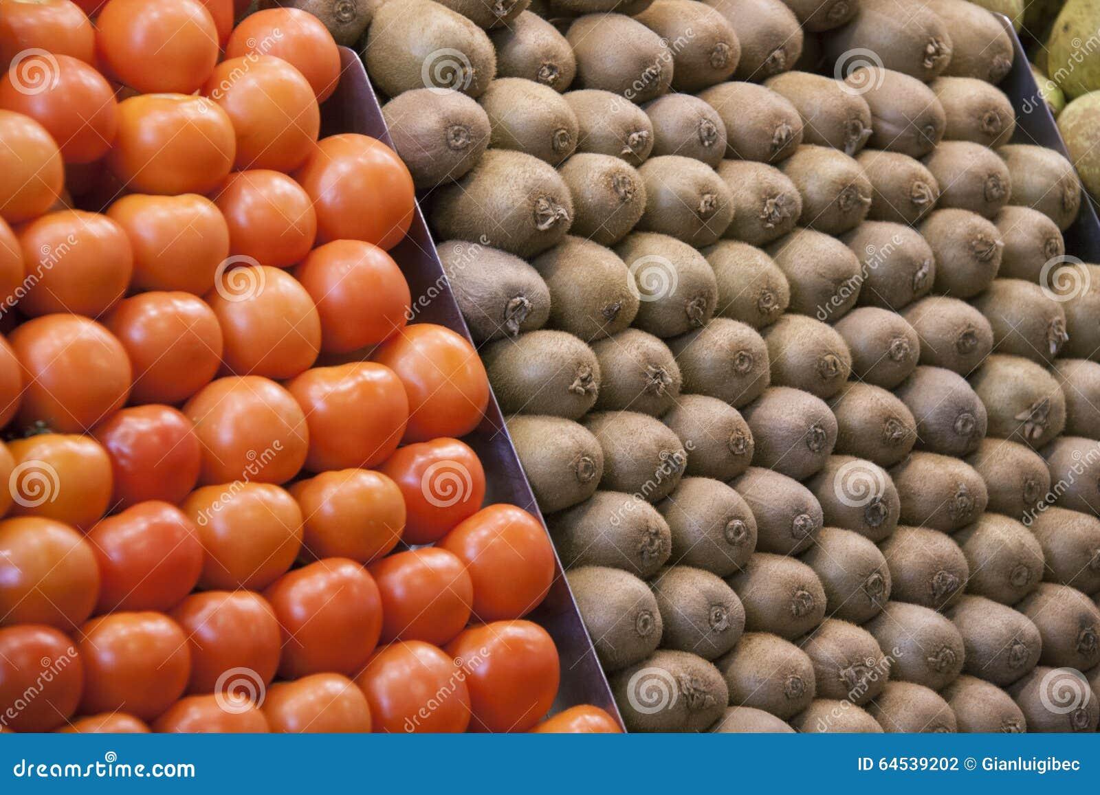 蕃茄和猕猴桃