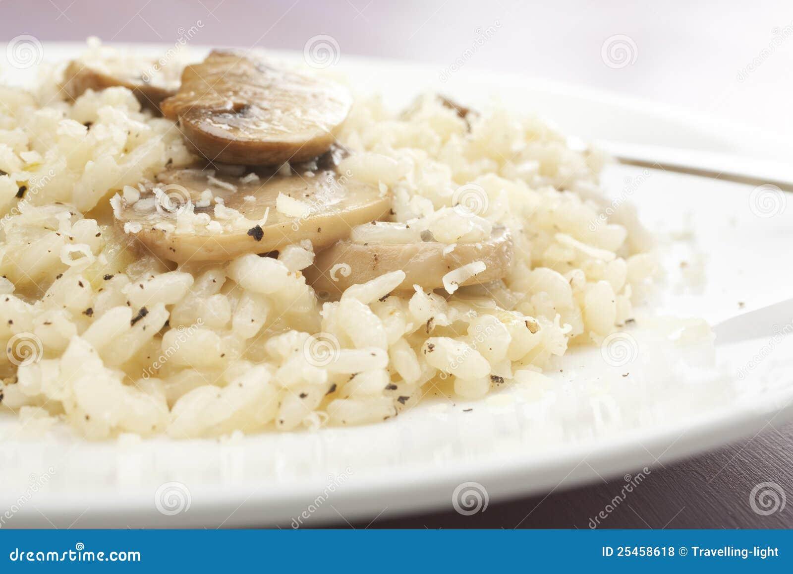 蘑菇意大利煨饭