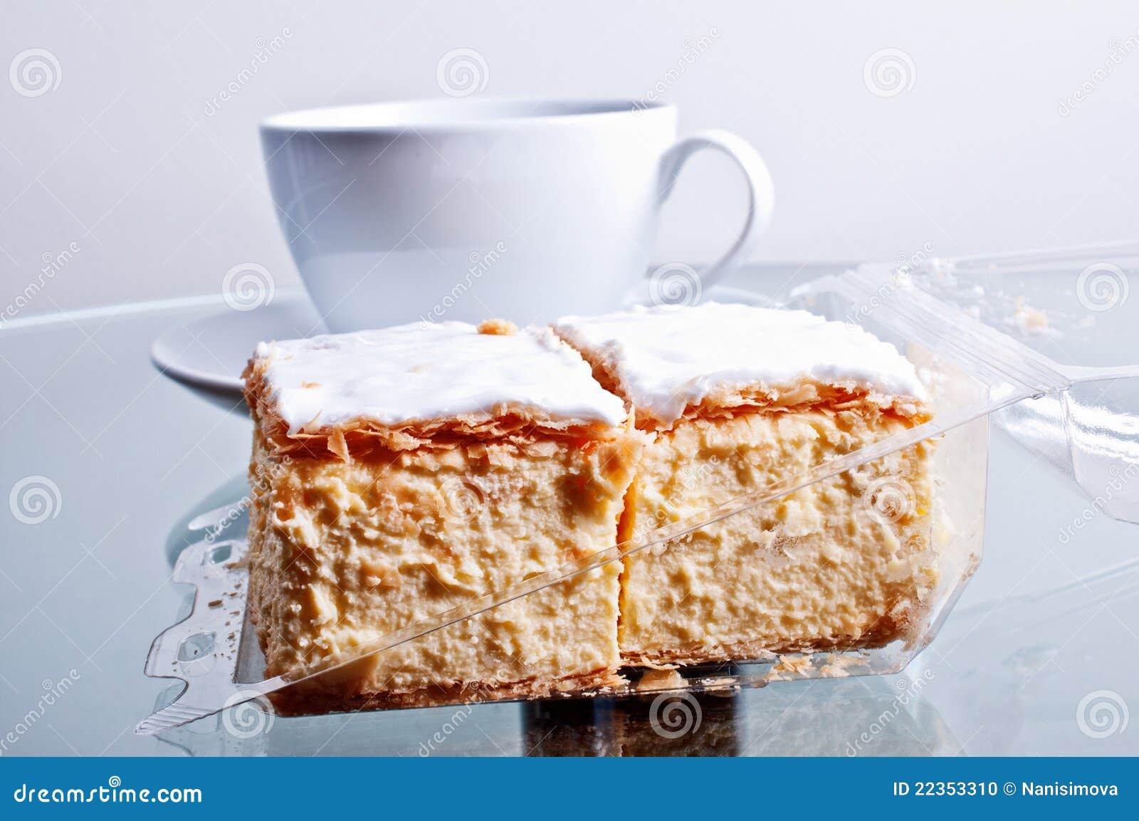 蛋糕接近的拿破仑