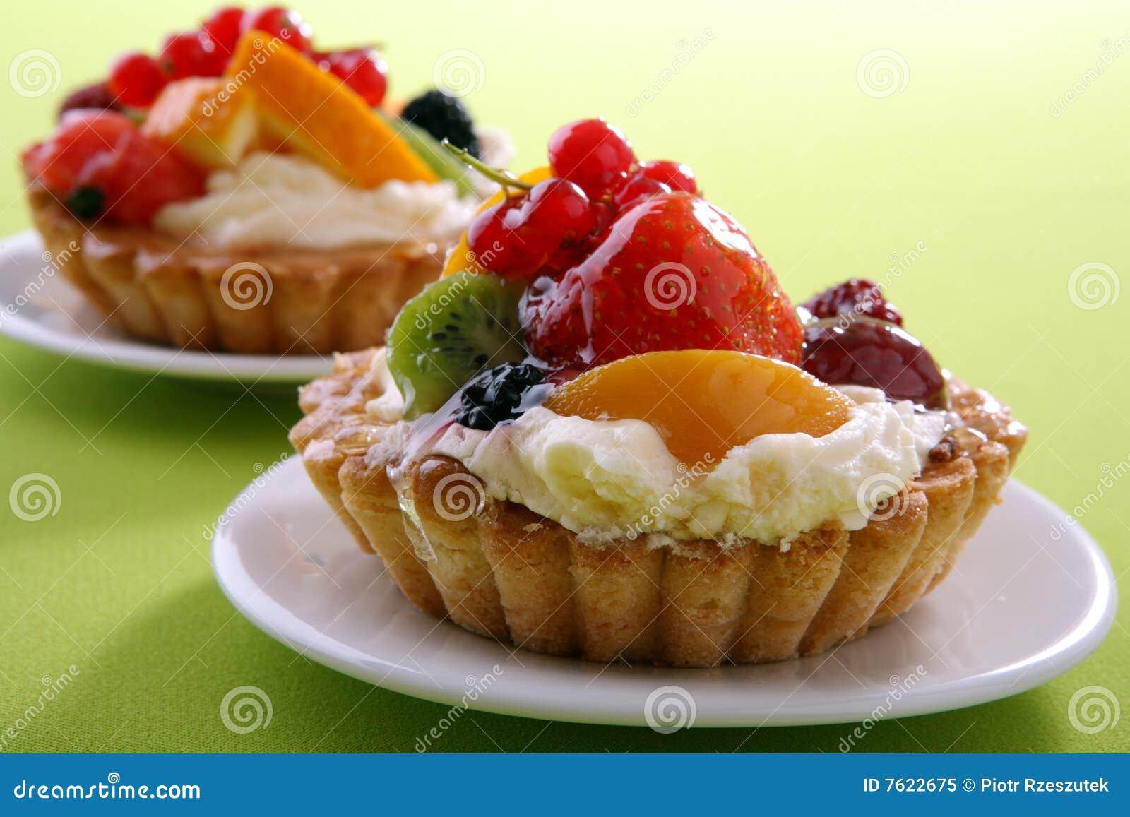 蛋糕新鲜水果