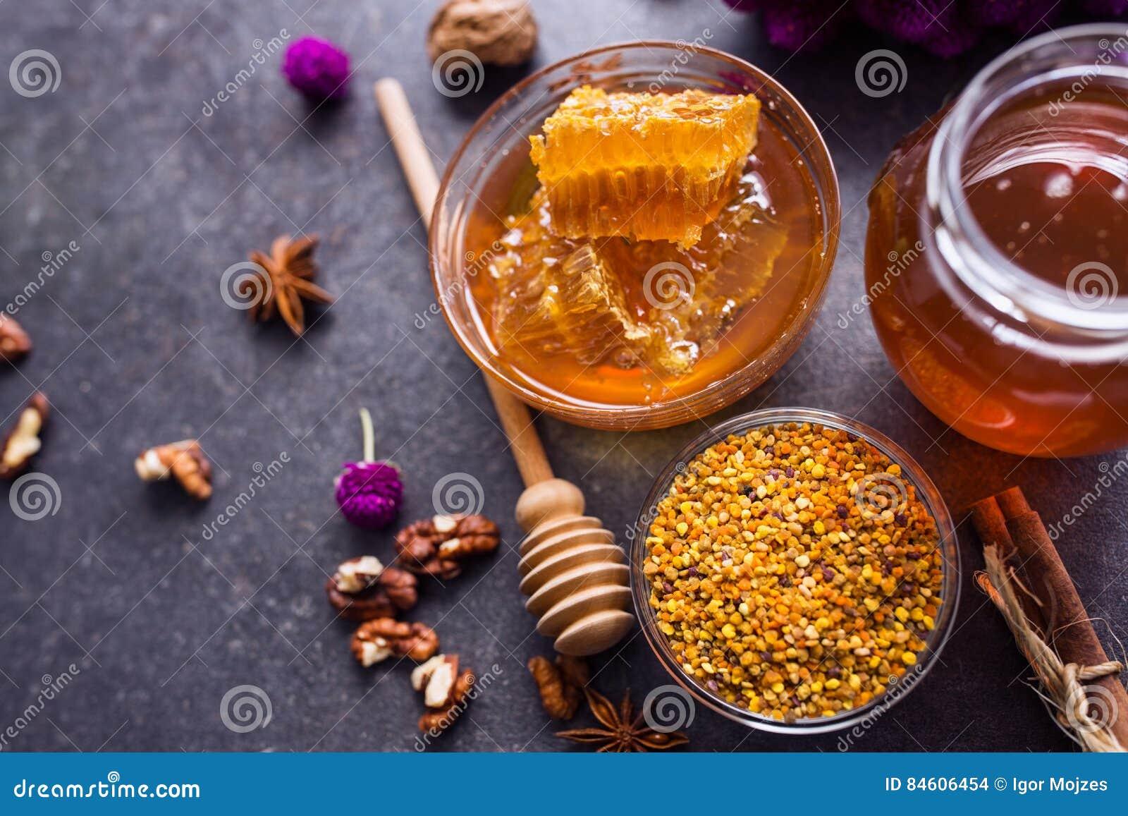 蜂窝,花粉,蜂胶,在台式视图的蜂蜜