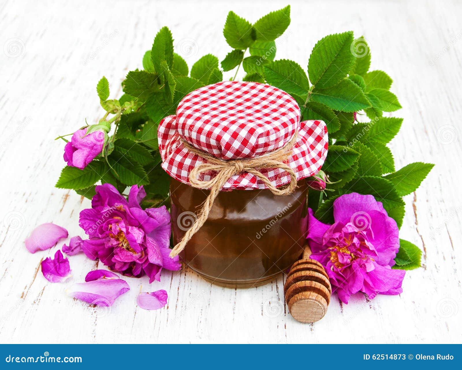 蜂蜜和玫瑰色花