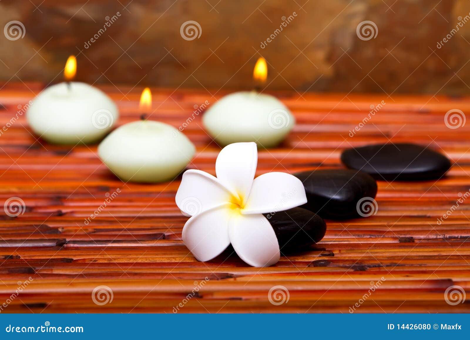 蜡烛花杏仁奶油饼温泉石头