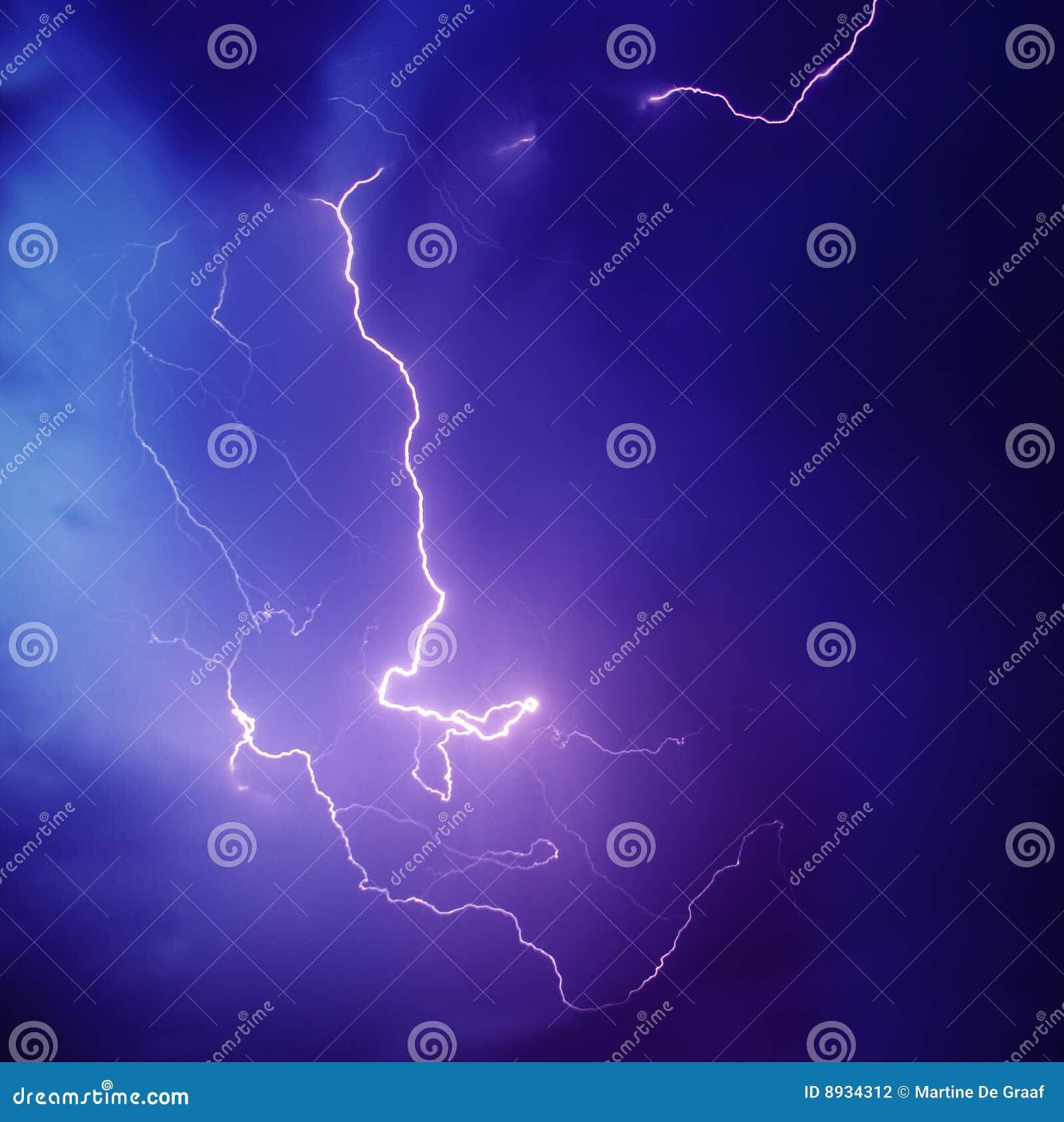 螺栓闪电紫色