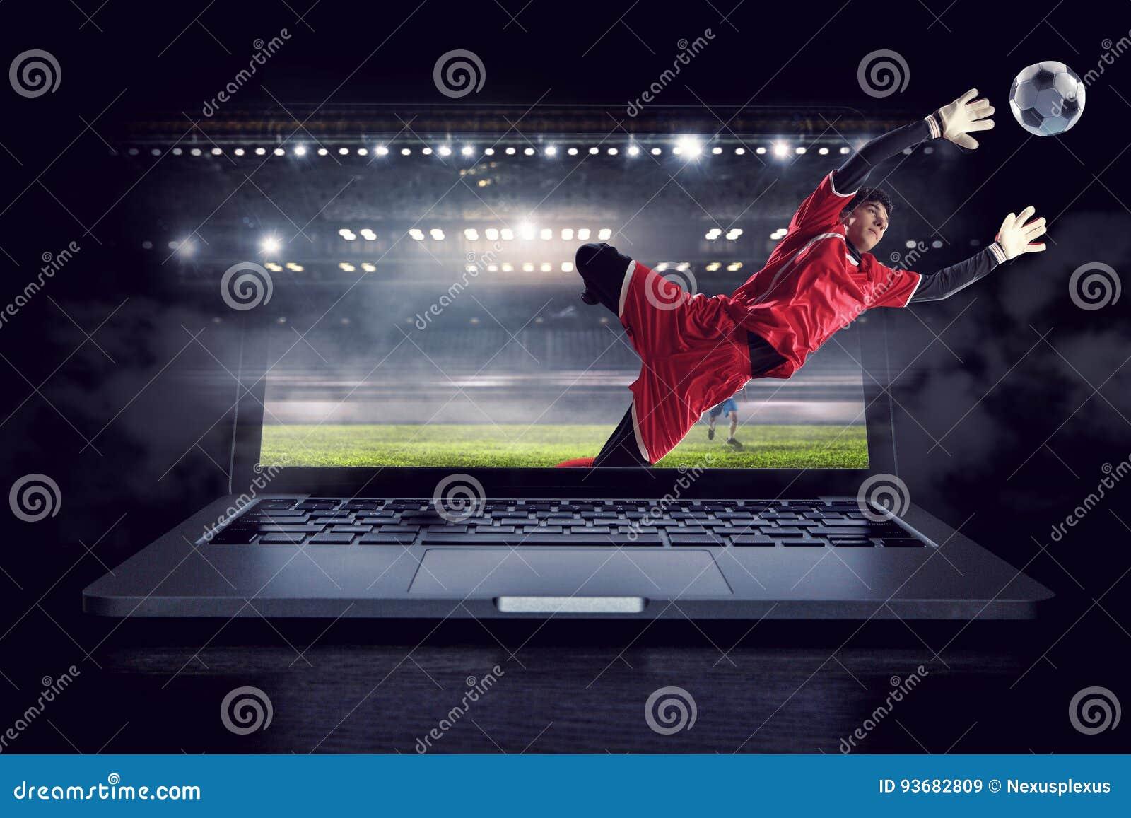 行动的足球守门员 混合画法