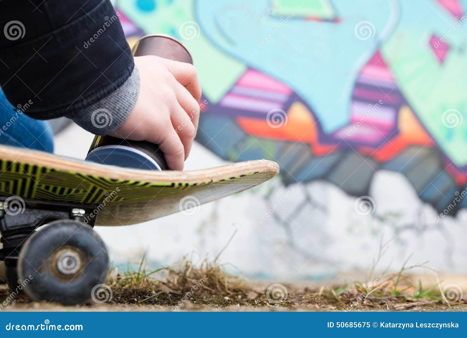 Download 街道画 库存图片. 图片 包括有 夹子, 暂挂, 男朋友, 想法, 皮肤, 图象, 有效地, 阿富汗尼的 - 50685675