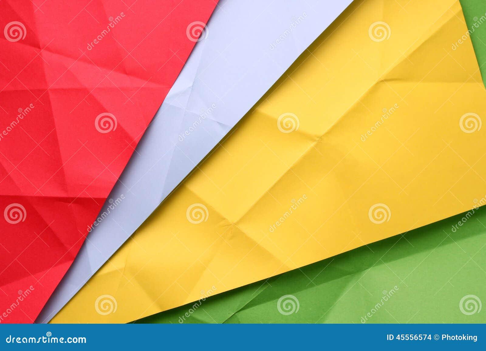 被折叠的纸张