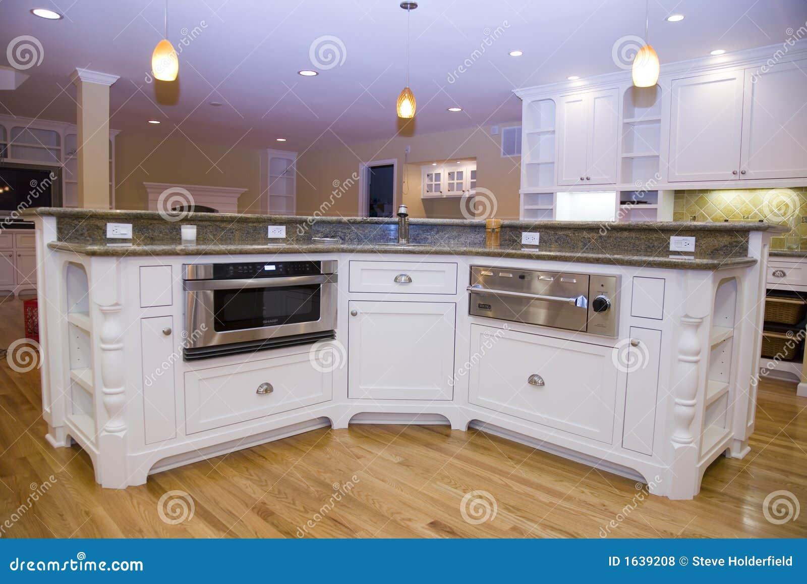 被改造的厨房豪华现代