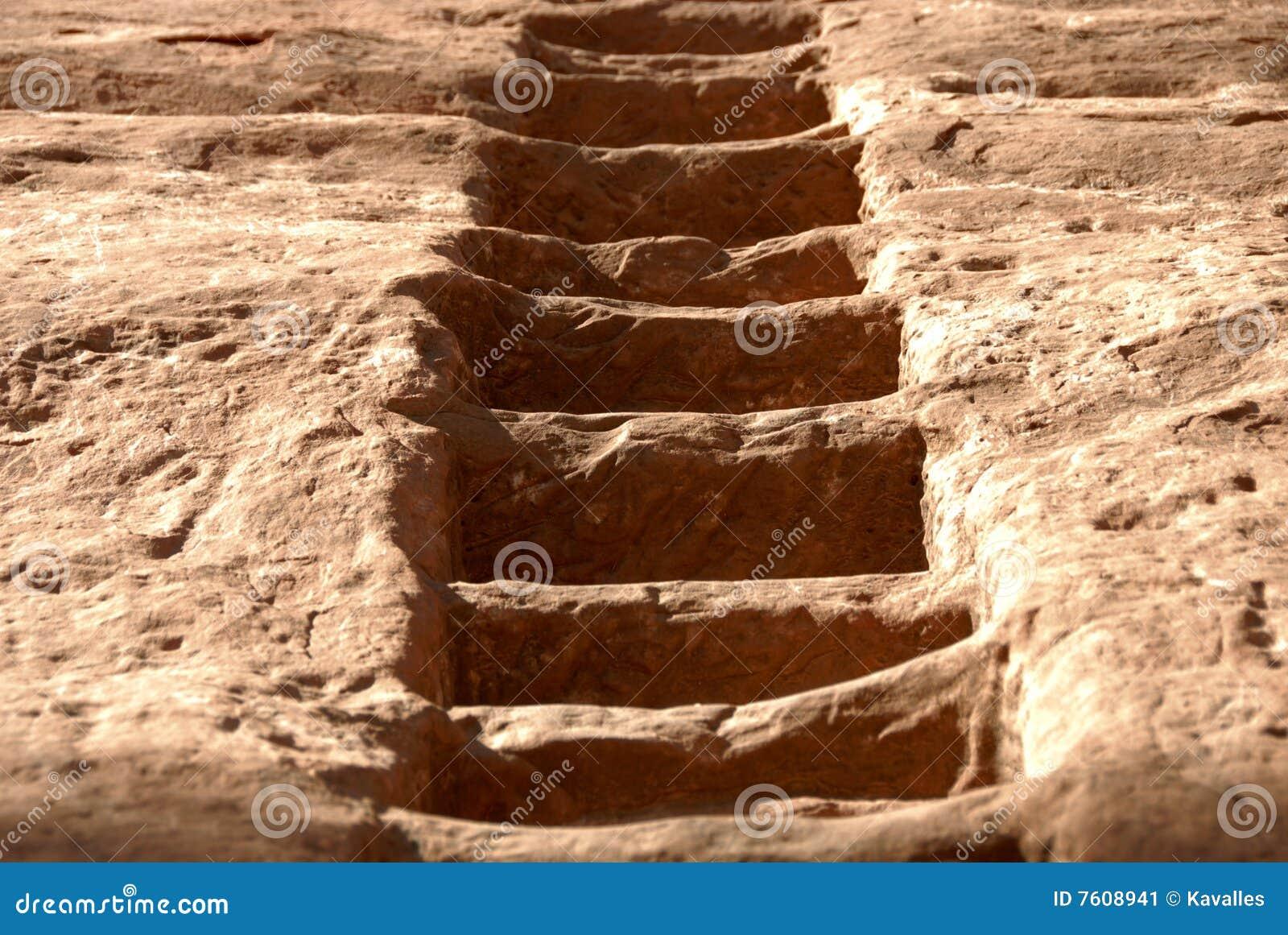 被雕刻的砂岩楼梯