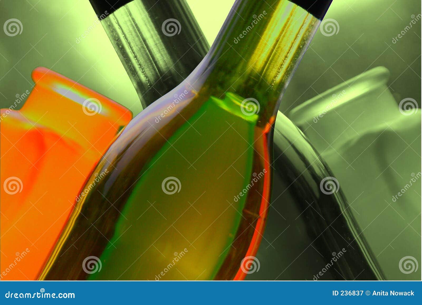 装瓶花瓶酒