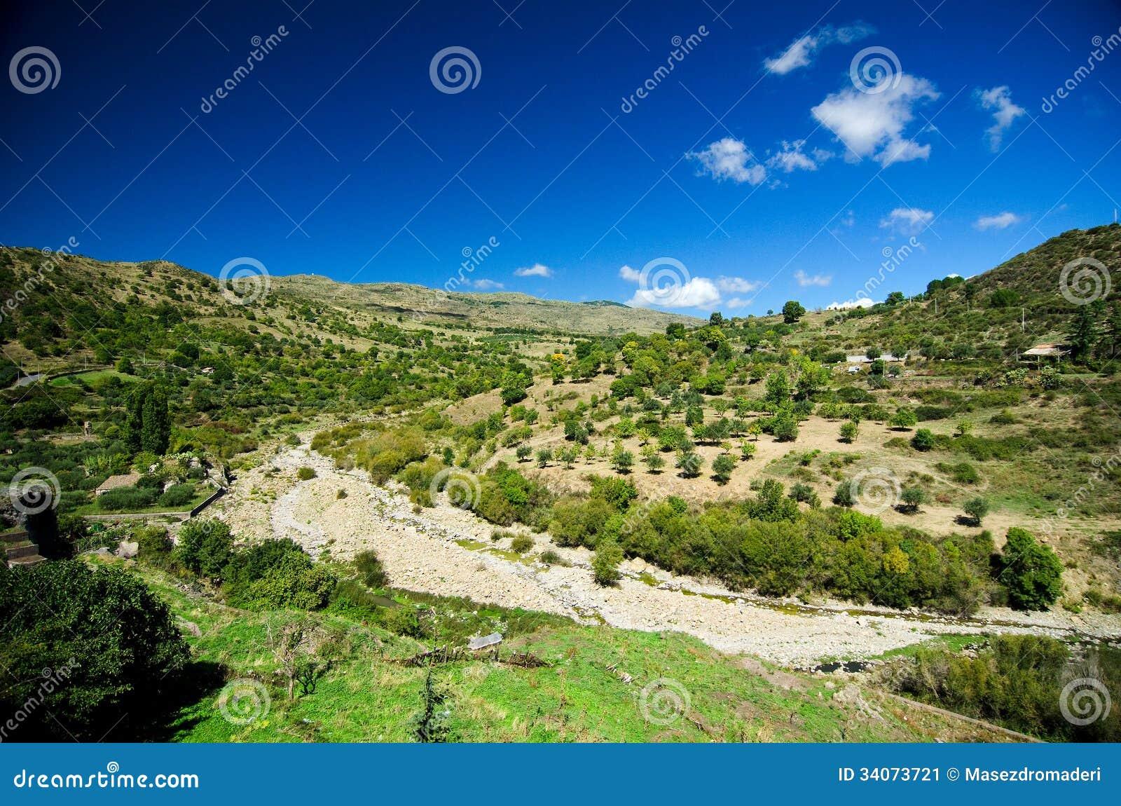西西里岛-阿尔坎塔拉河谷