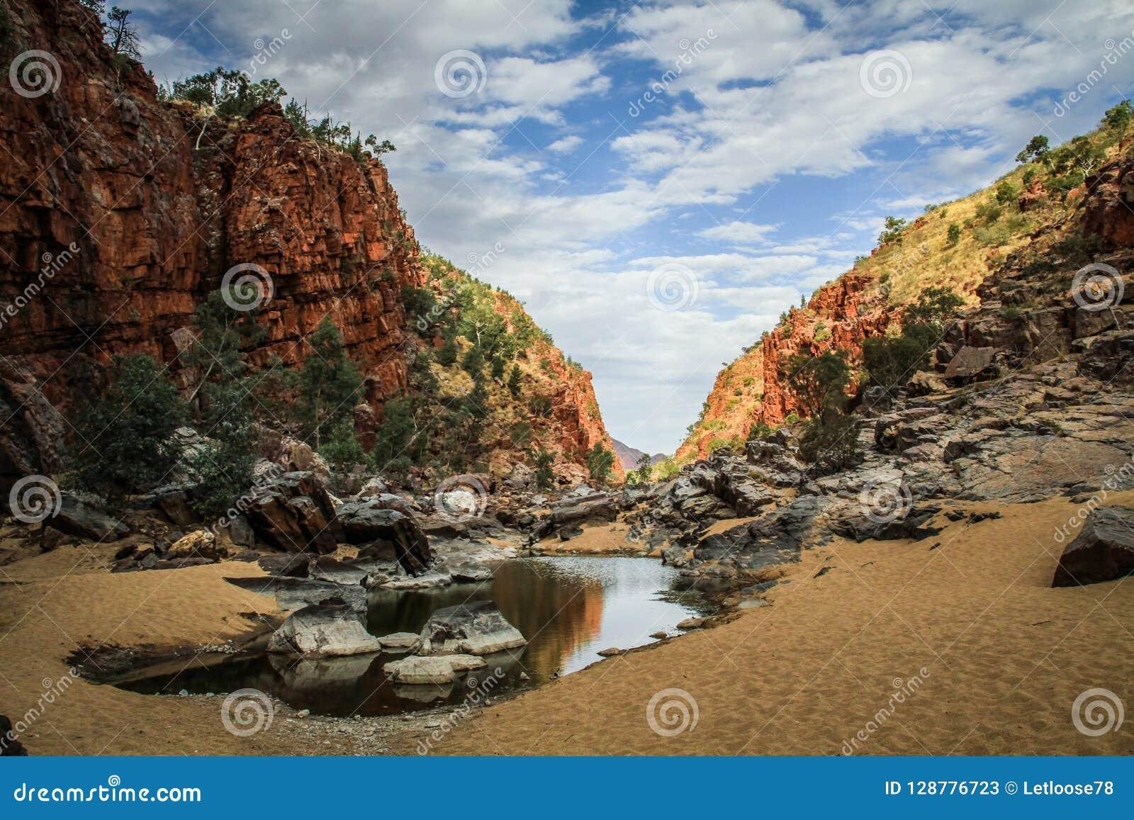 西部麦克唐奈范围的奥尔莫克峡谷,北方领土,澳大利亚,