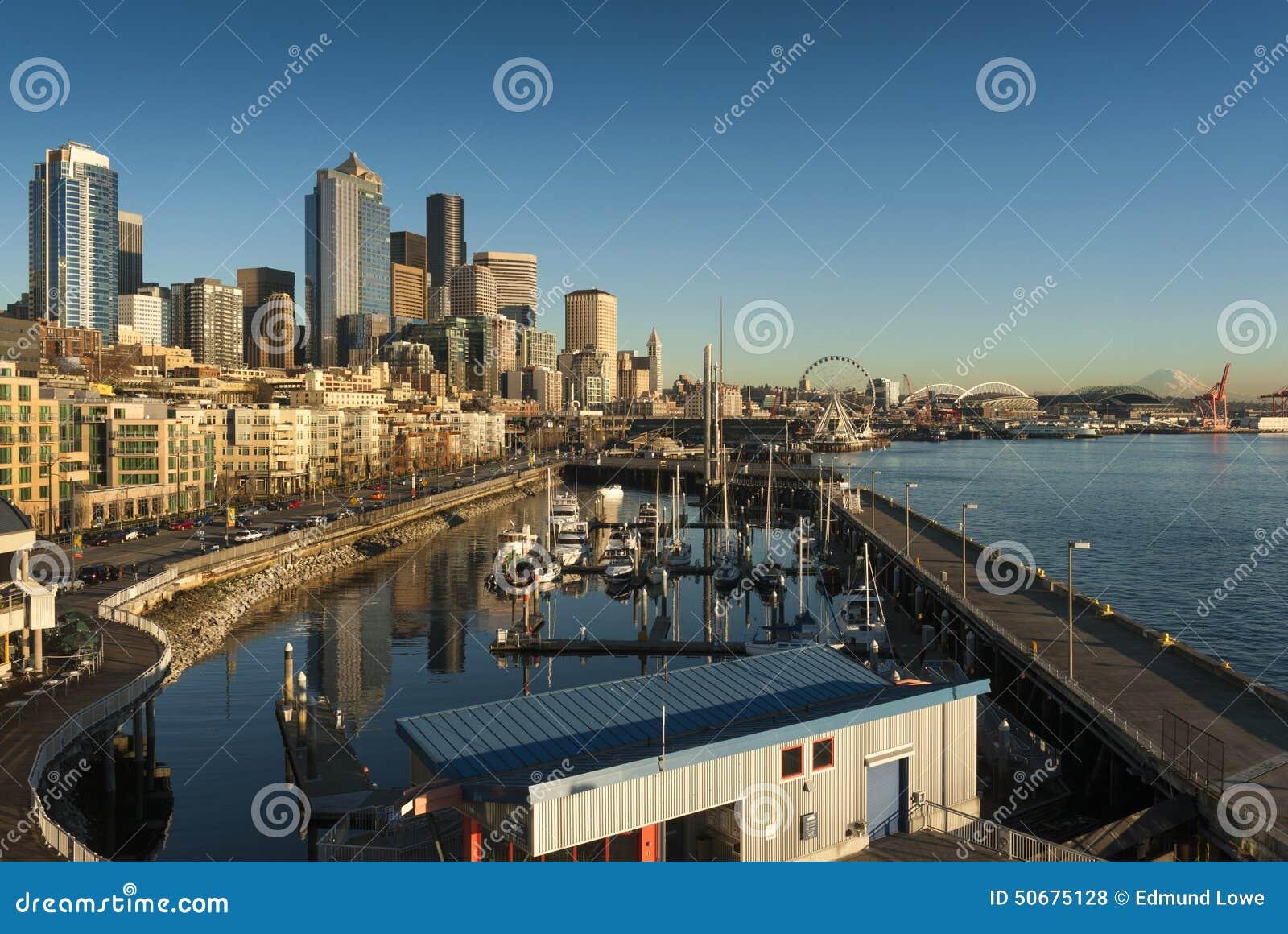Download 西雅图日落江边 库存照片. 图片 包括有 都市风景, 天空, 拱道, 西雅图, 反映, 西北, 布琼布拉 - 50675128