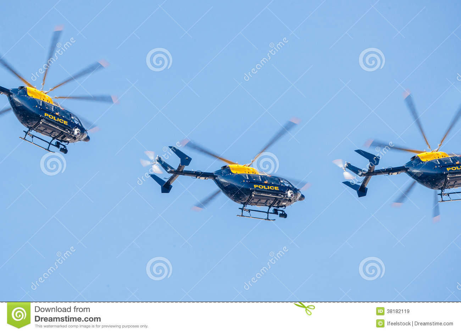 警察用直升机分谴舰队