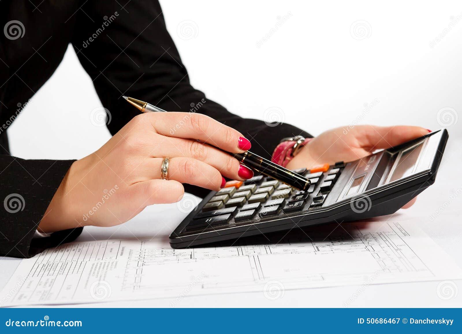 Download 计划,大厦,女性手 库存图片. 图片 包括有 文件, 分级显示, 宏指令, 图纸, 女性, 建筑, 设计 - 50686467