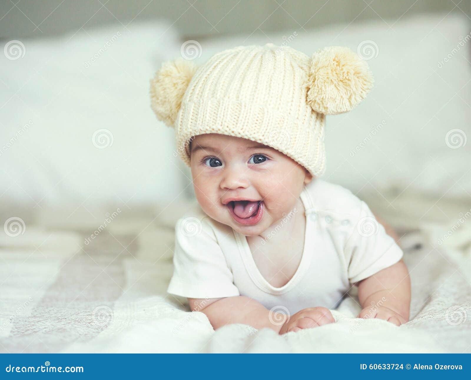 讨人喜欢的婴孩