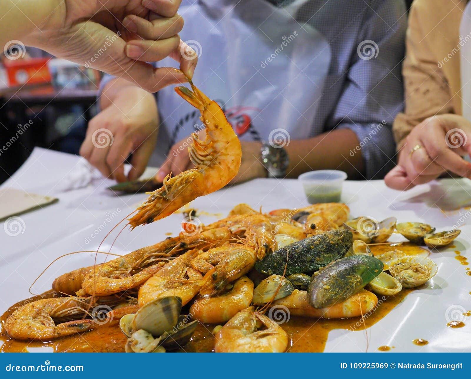 让` s吃混杂的辣海鲜