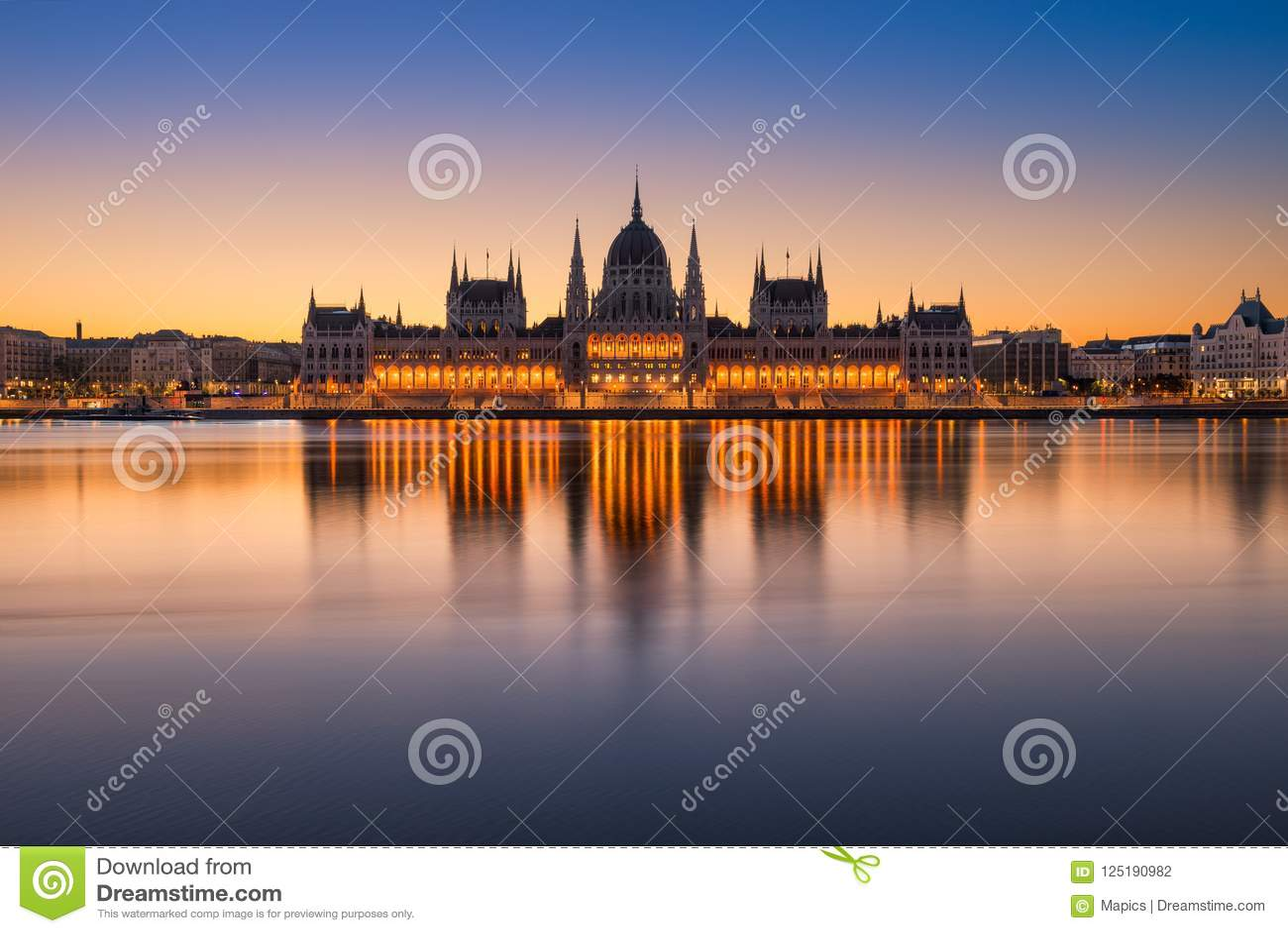 议会大厦在布达佩斯,匈牙利