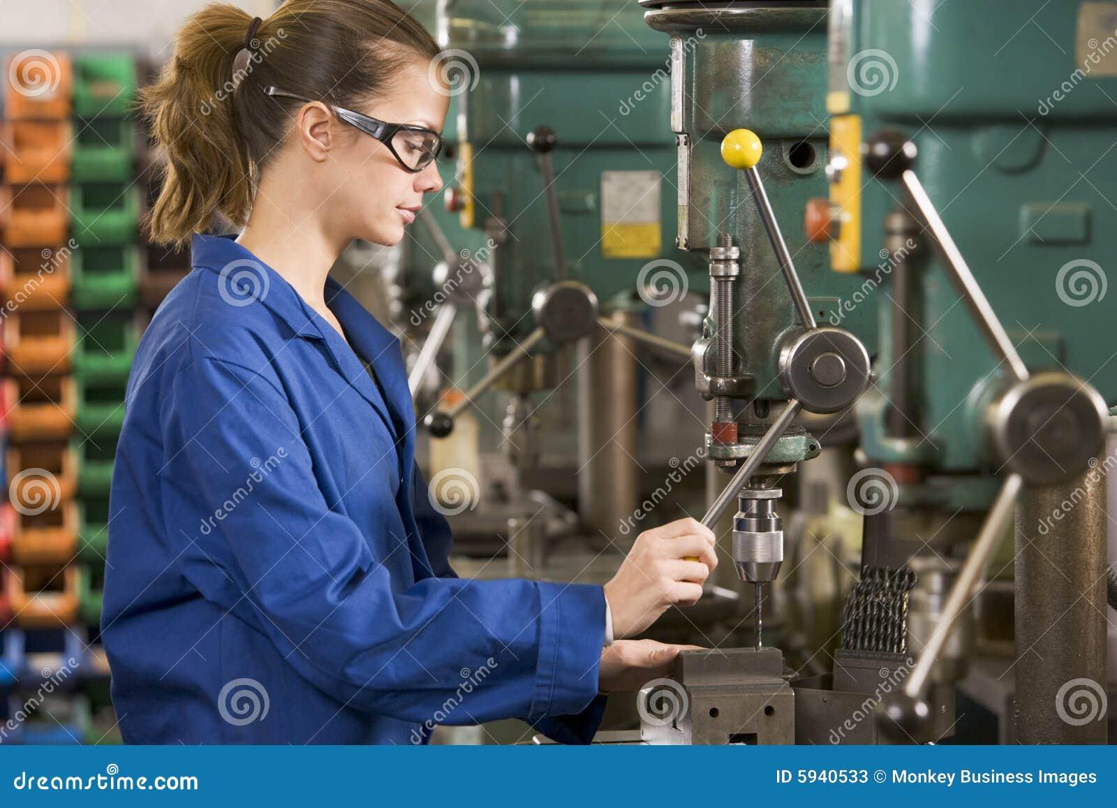 设备机械师工作