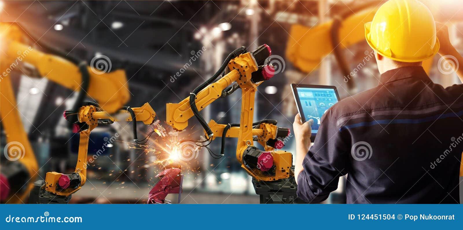 设计检查和控制焊接机器人学在聪明的工厂汽车工业的自动胳膊机器与监测sy