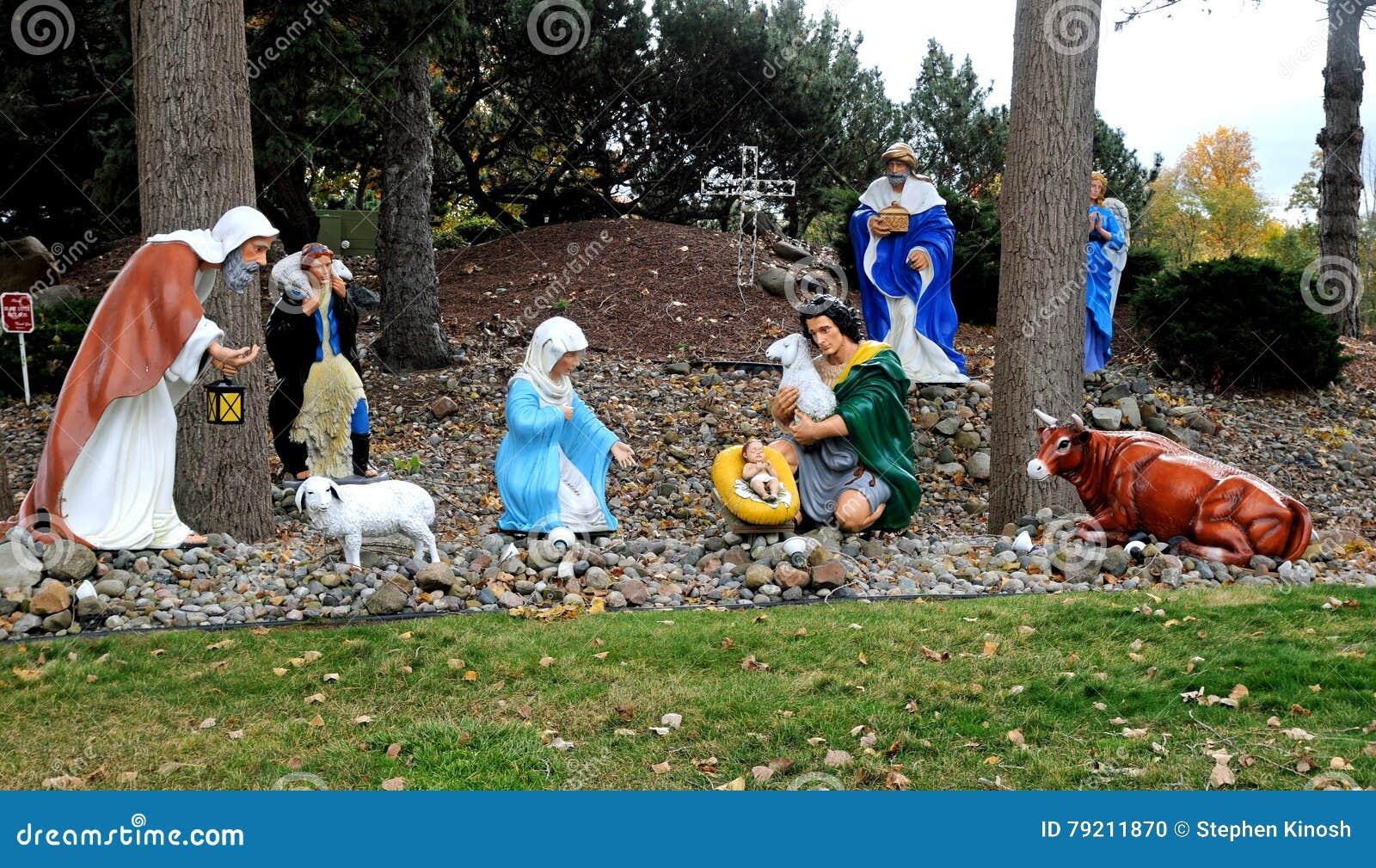 诞生大室外圣诞节或假日显示