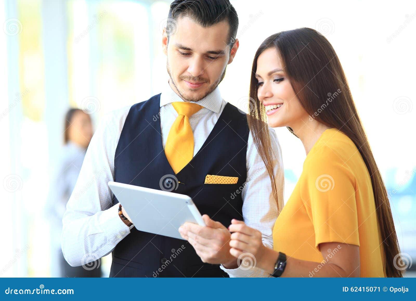 谈论的商人和的妇女工作