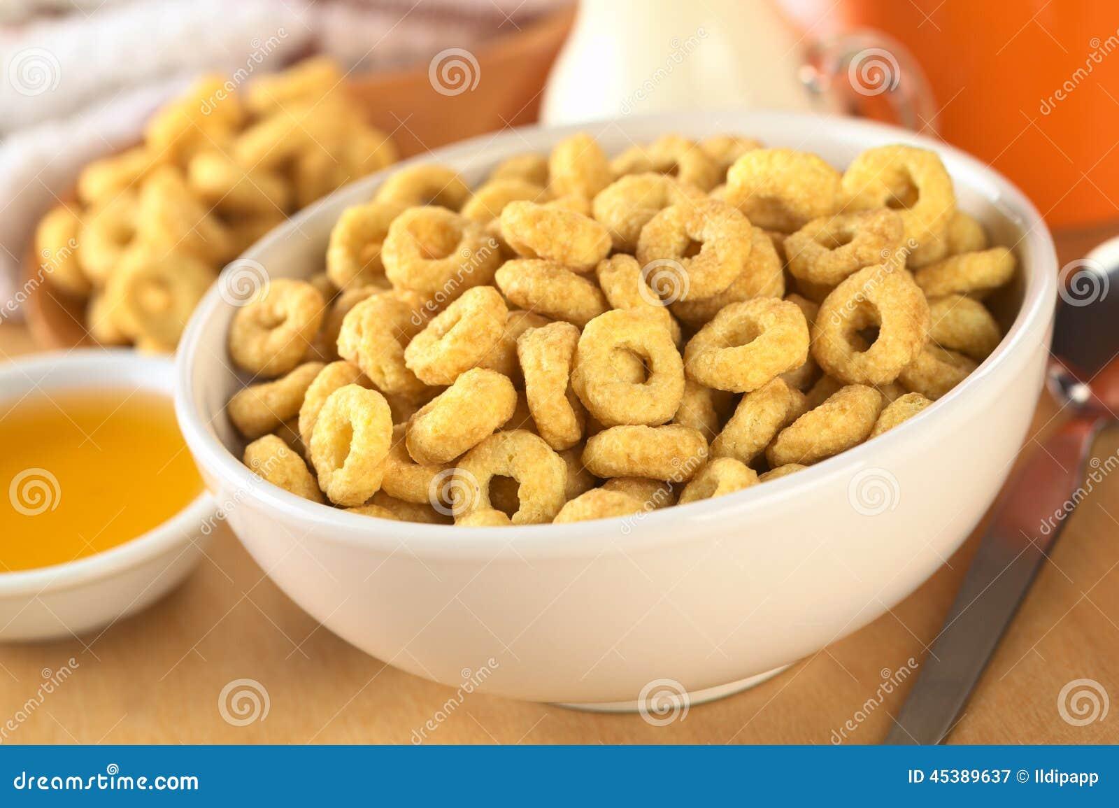 碗蜂蜜充分调味了谷物圈(选择聚焦,聚焦三分之一入碗).图片