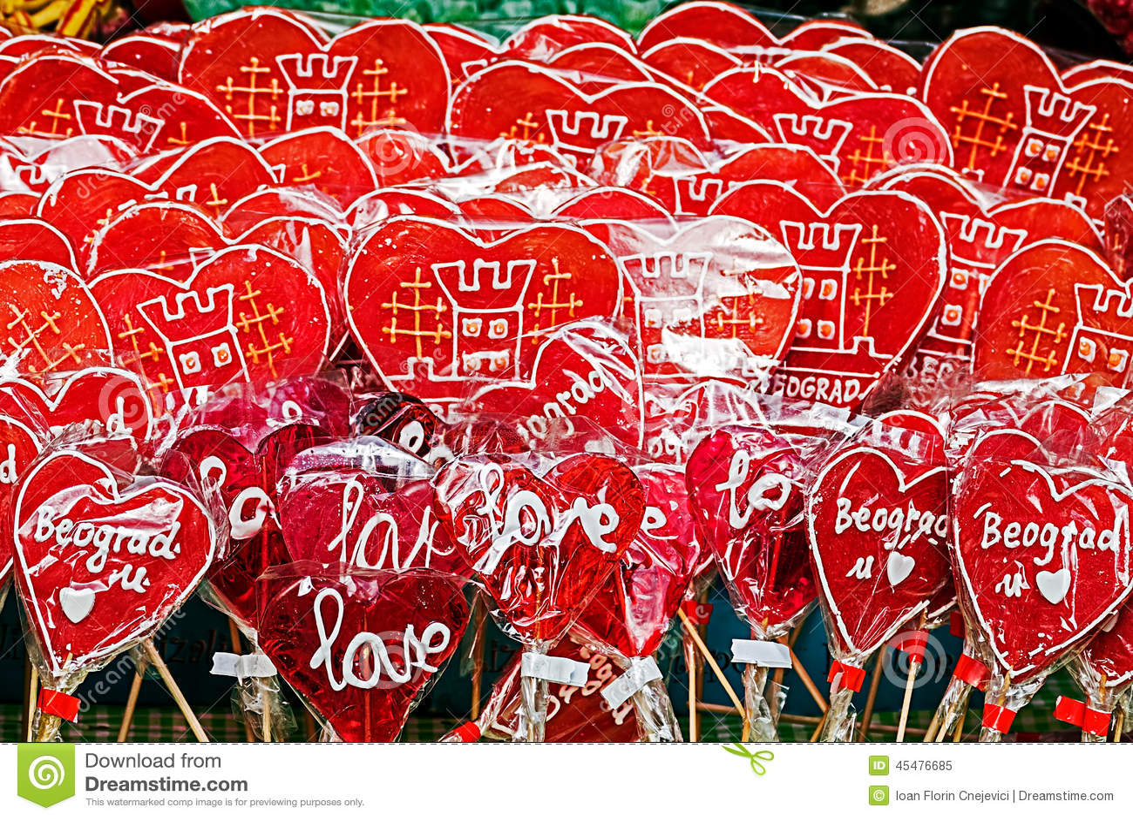 象征与贝尔格莱德的五颜六色的棒棒糖心脏