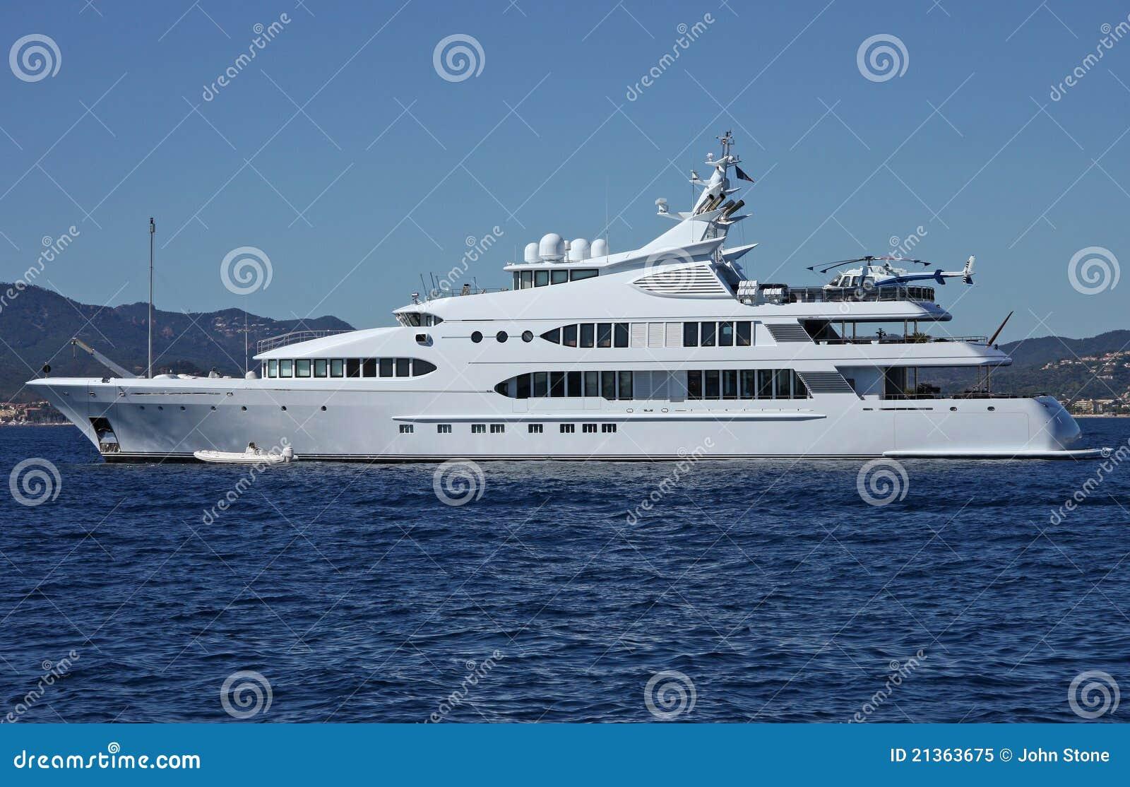 豪华马达游艇