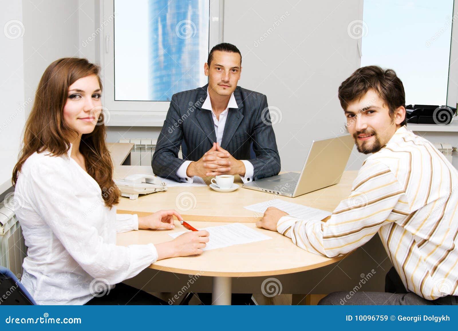 财务顾问的客户他的