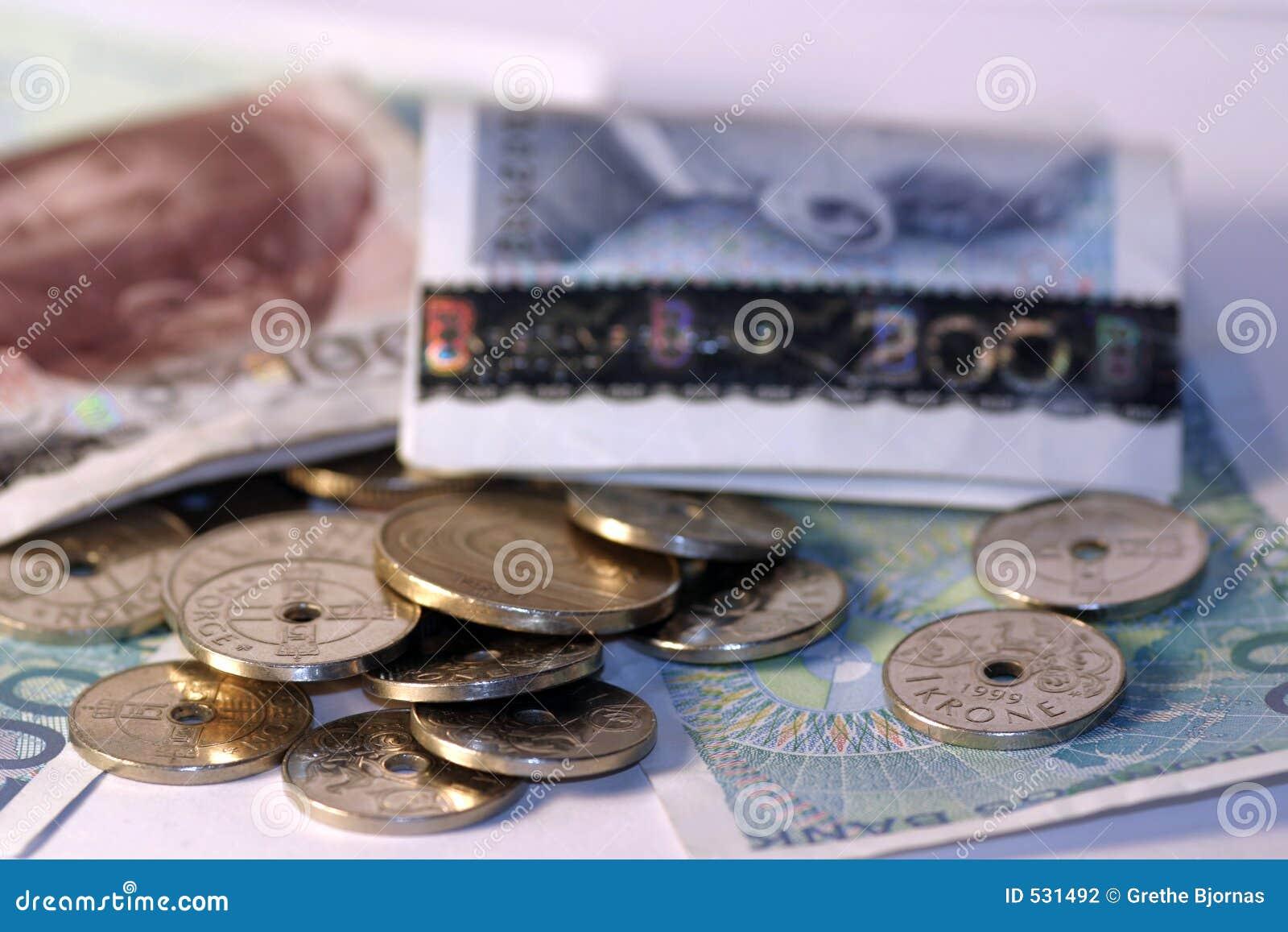 Download 货币挪威 库存照片. 图片 包括有 批次, 硬币, 储蓄, 苍白, 货币, 商业, 特写镜头, 购买, 财务 - 531492