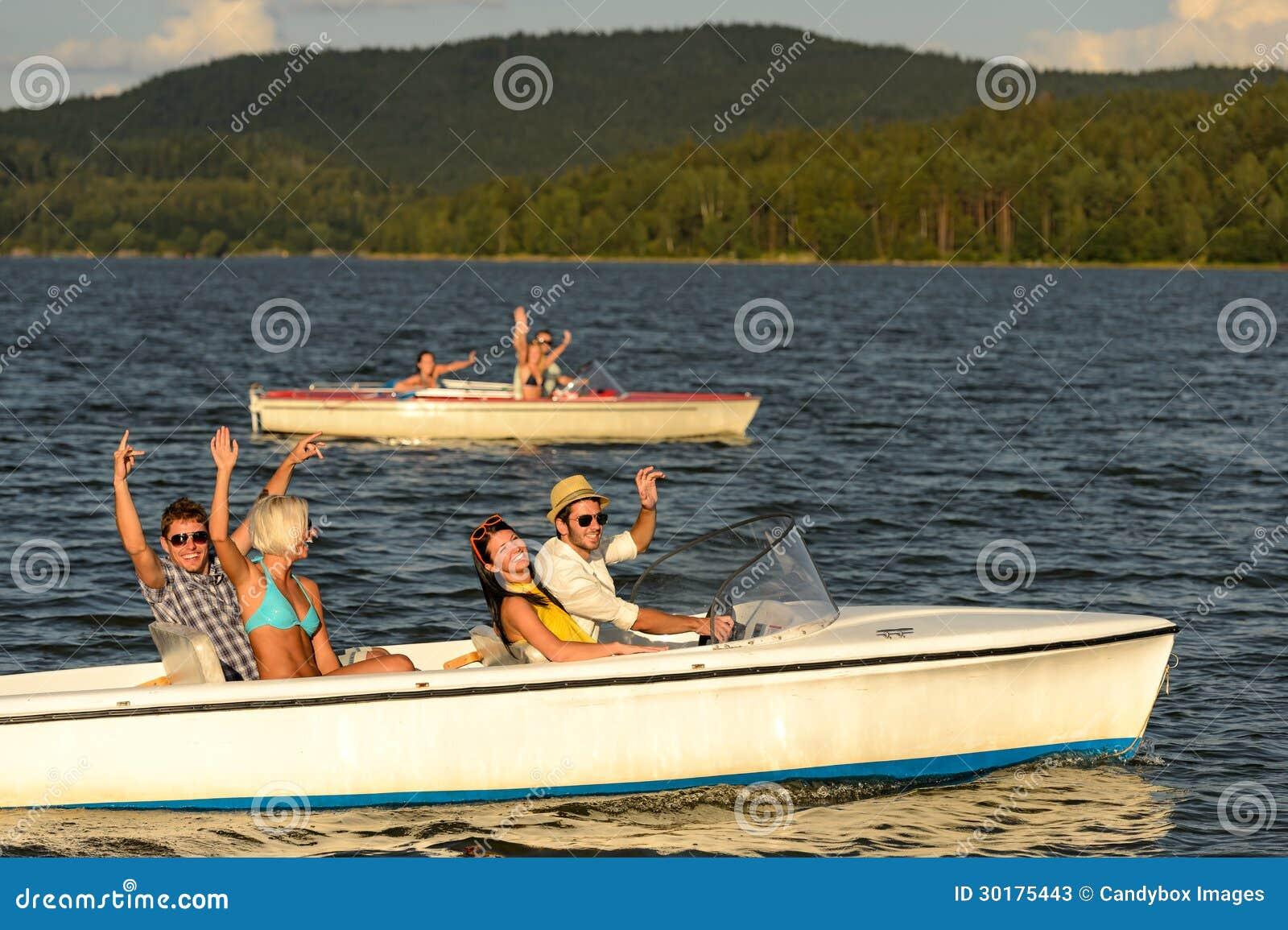 赛跑与汽艇的小组朋友
