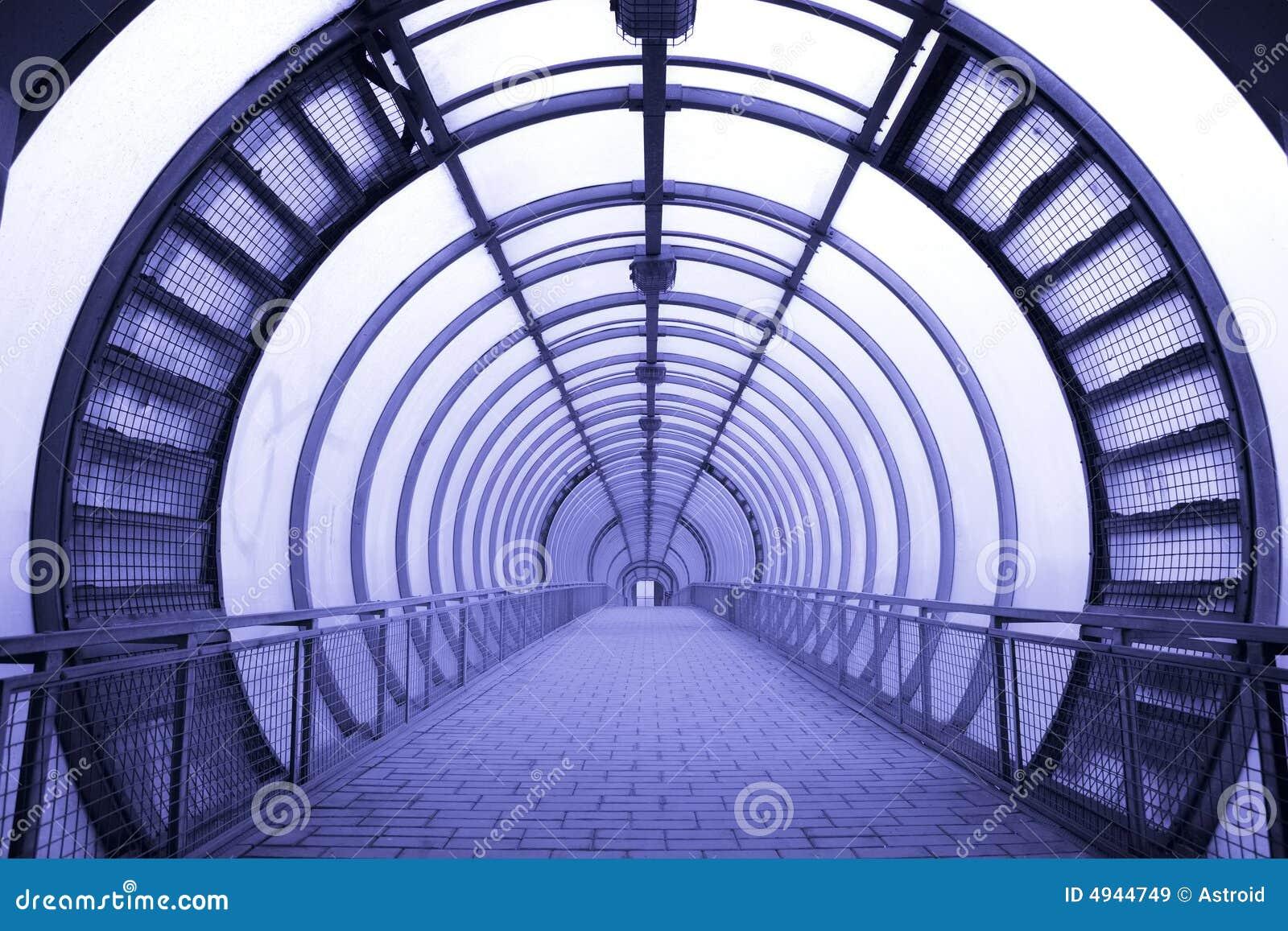 走廊未来派玻璃