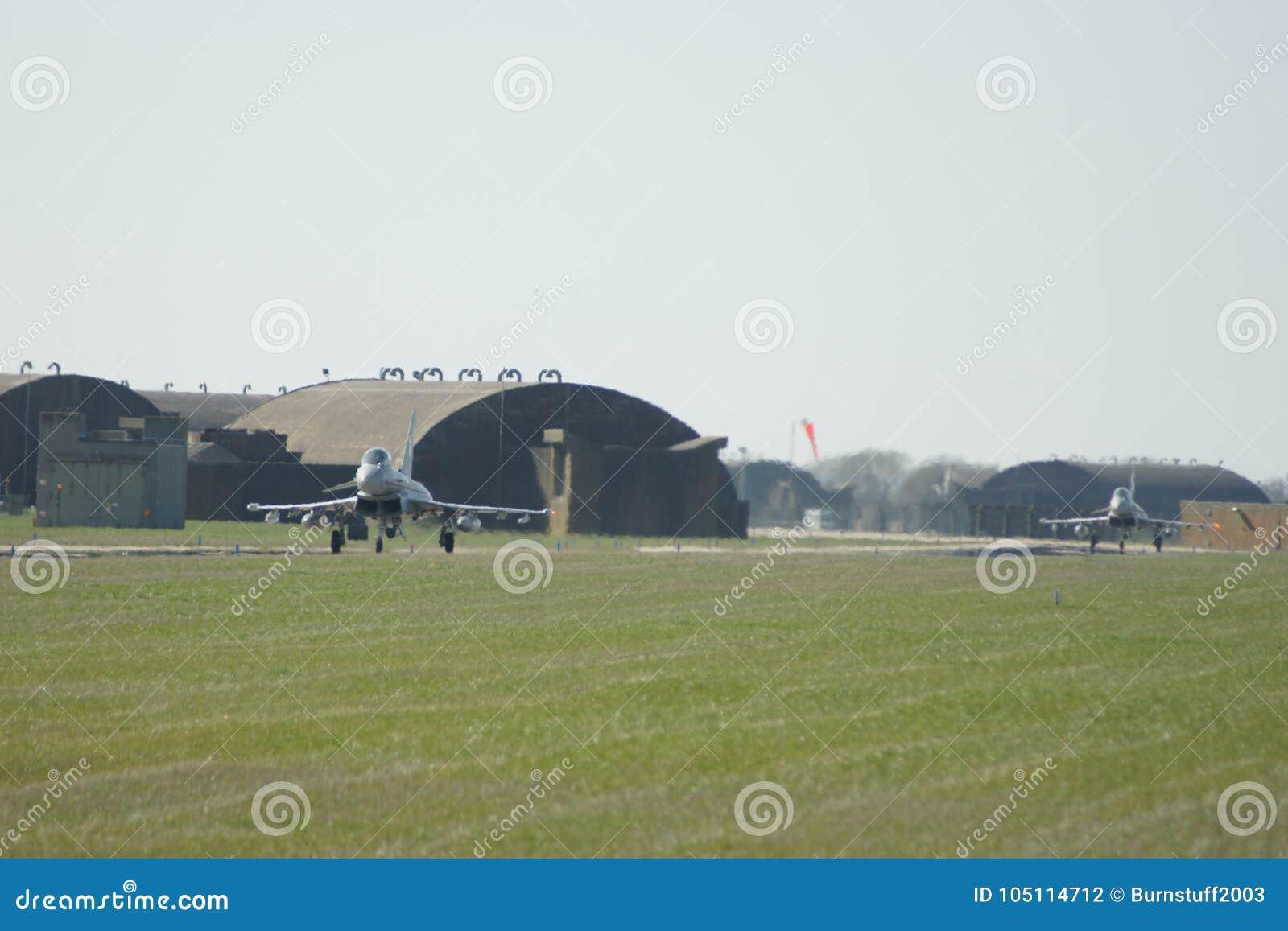 超音速军用喷气机战斗机