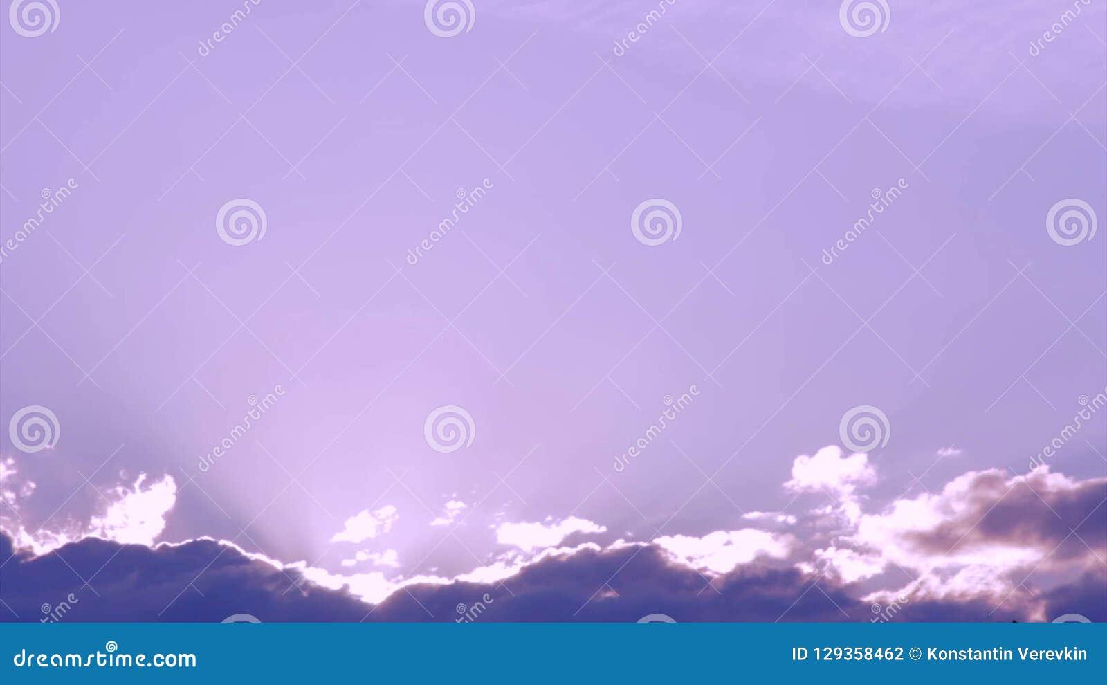 跑横跨天空的云彩 股票视频