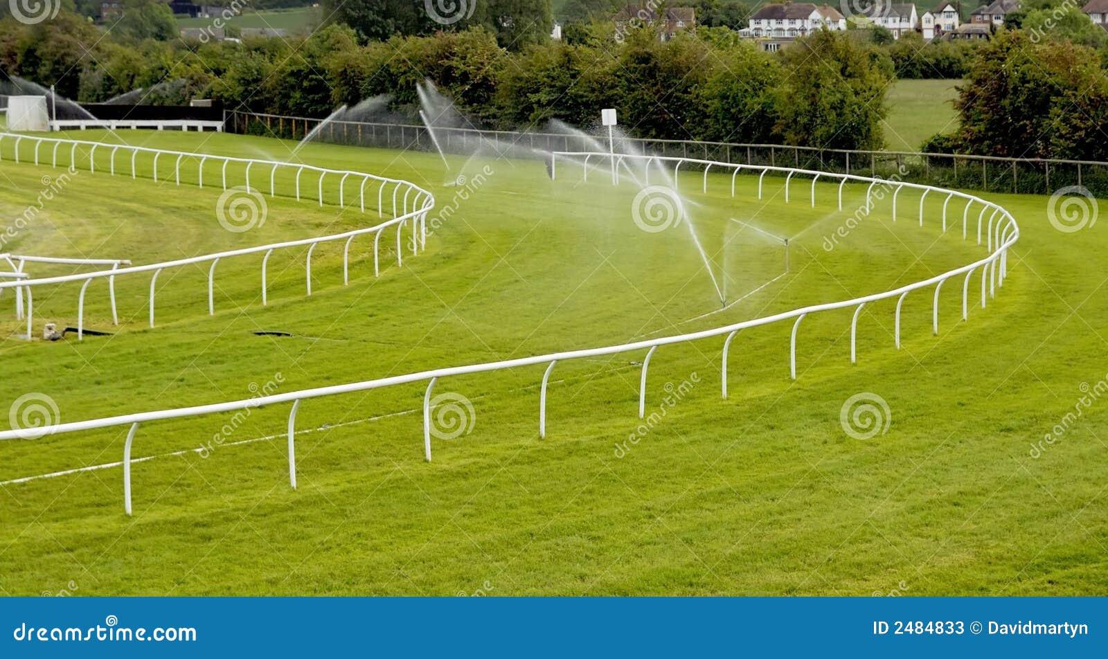跑马场喷水隆头