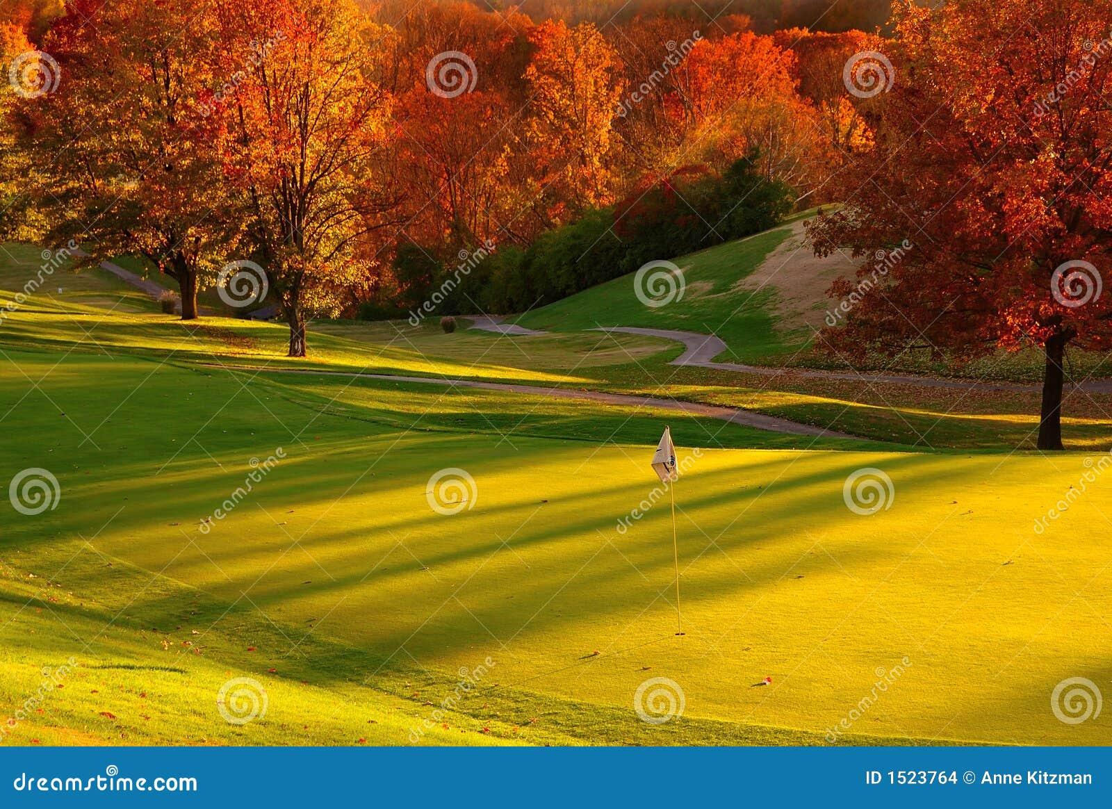 路线高尔夫球日落
