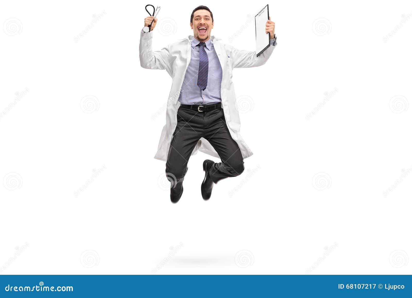 跳出喜悦的年轻医生