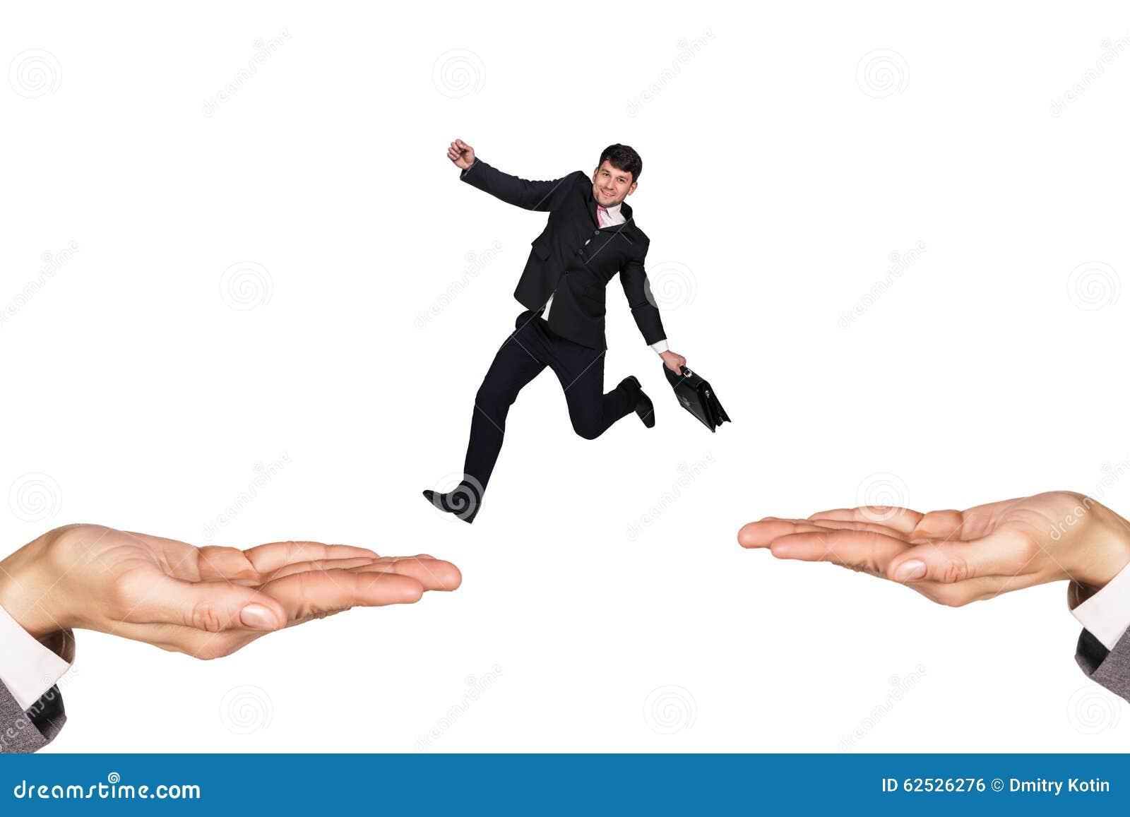 跳在手上的商人