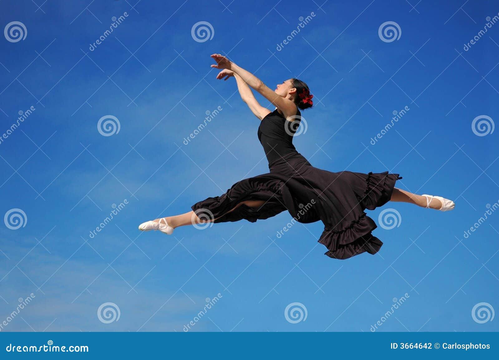 跳sk的蓝色舞蹈演员