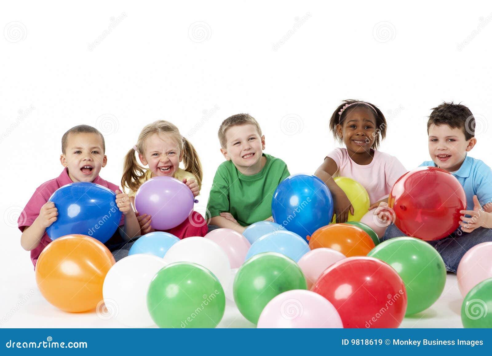 迅速增加儿童组工作室年轻人