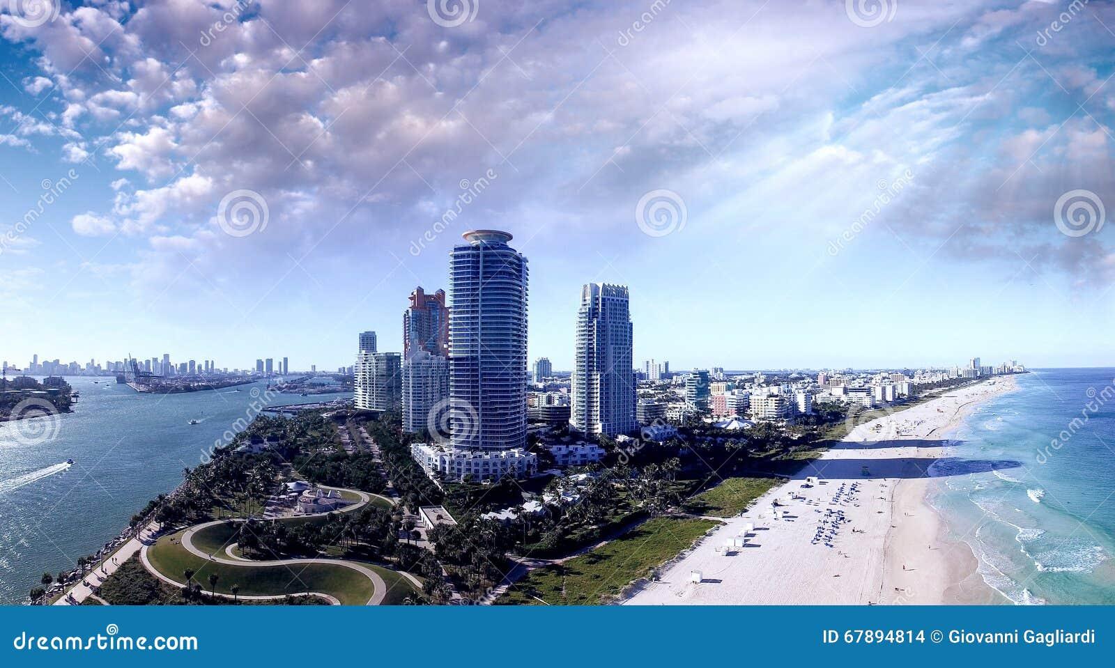 迈阿密海滩海岸线 鸟瞰图如被看见从南Pointe同水准