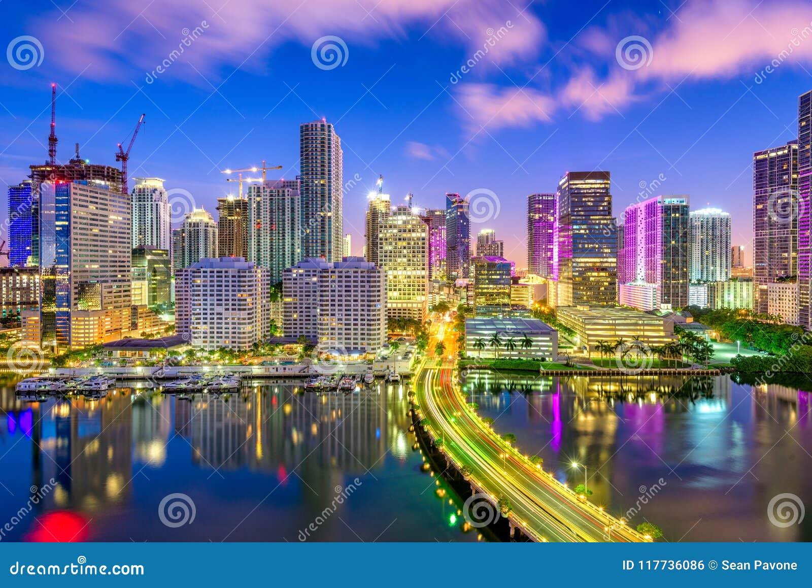 迈阿密,佛罗里达,美国比斯坎湾地平线
