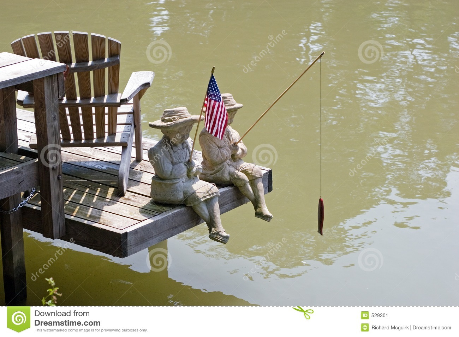 Download 运河伊利雕象 库存图片. 图片 包括有 雕象, 伊利, 晒裂, 捕鱼, 爱国者, 爱国, 小河, 夏天, 码头 - 529301