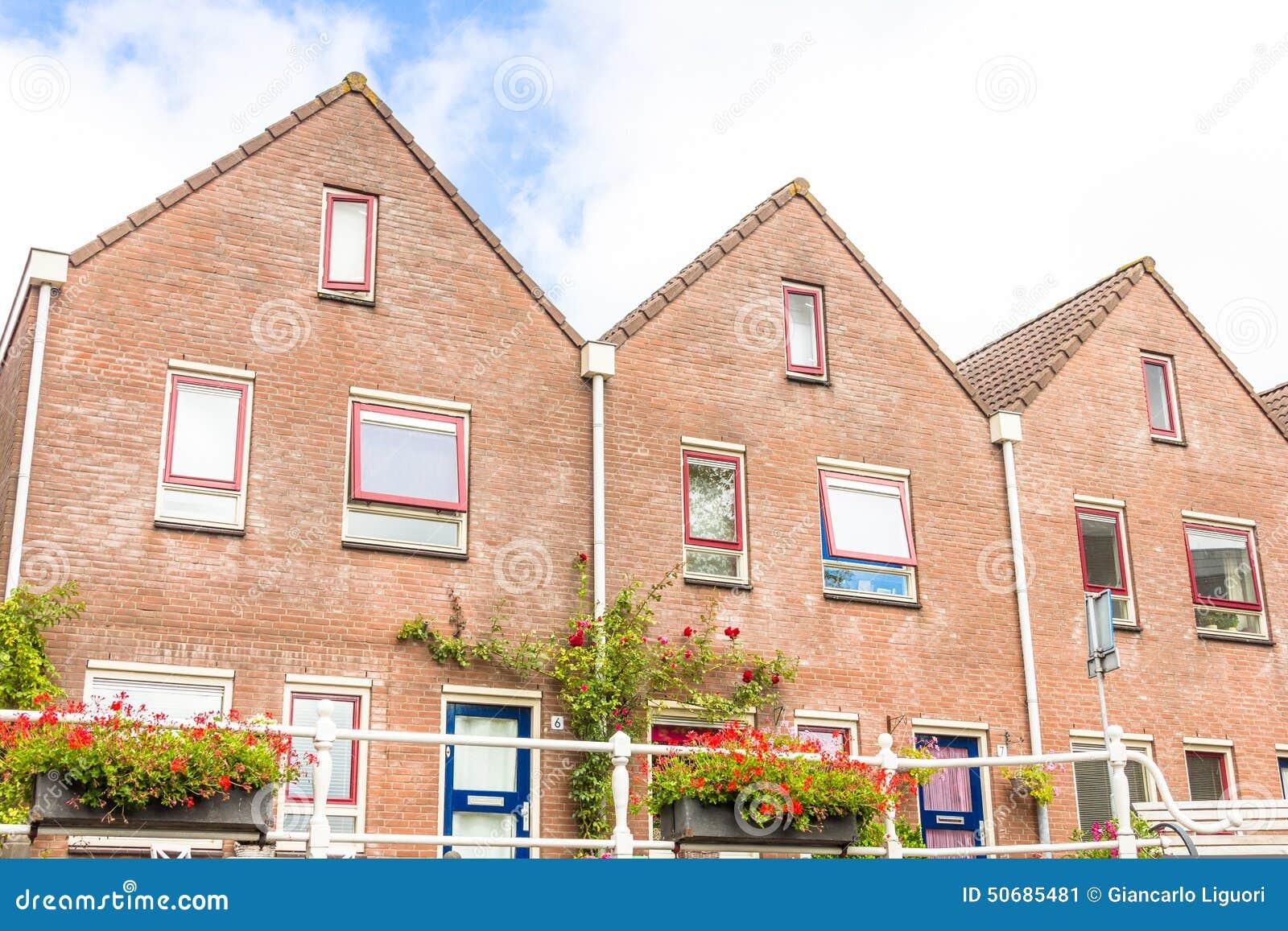 Download 运河在阿尔克马尔,荷兰 库存图片. 图片 包括有 住宅, 欧洲, 荷兰, 屋顶, bulblet, 室外 - 50685481