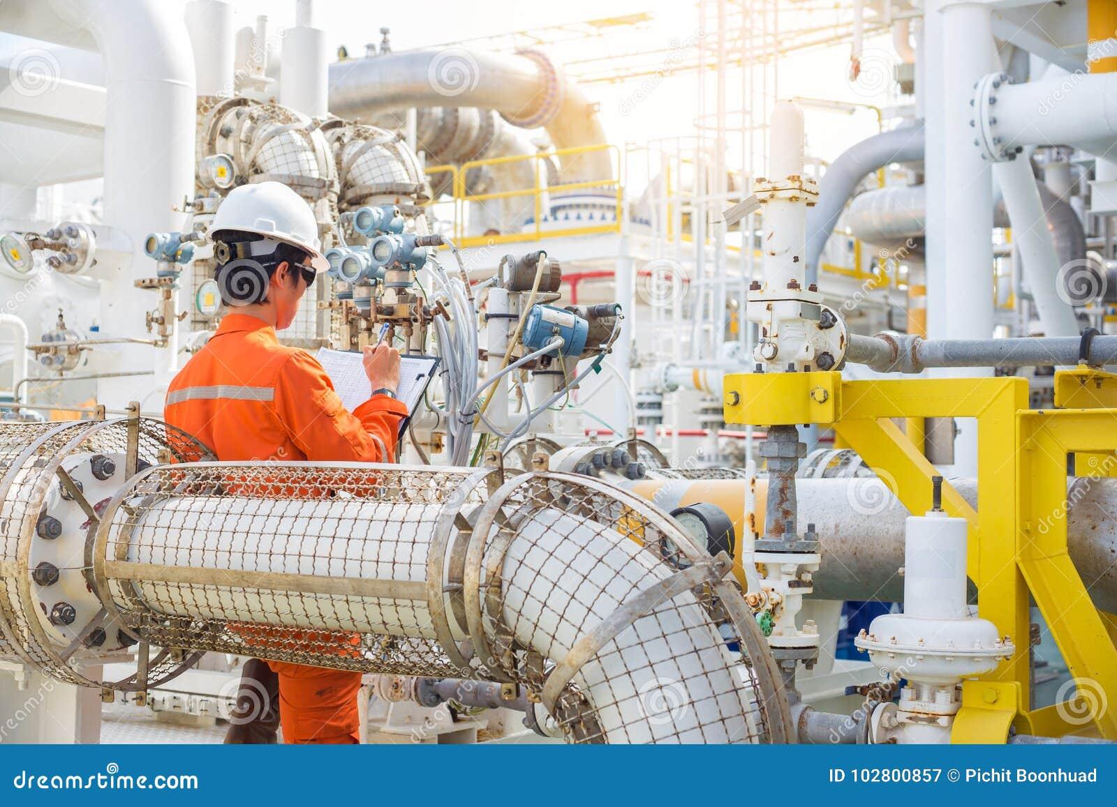 近海油和煤气产业,生产操作员对旅程日记, dialy抽油装置工作者活动的纪录数据