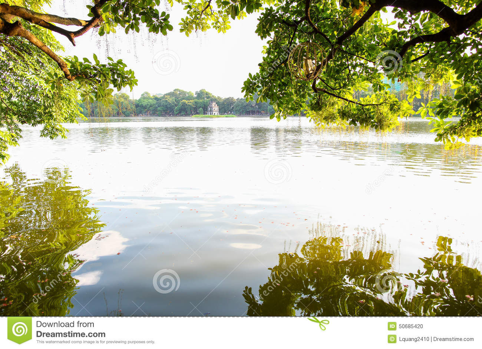 Download 还剑湖在Ha Noi 库存照片. 图片 包括有 外部, 目的地, 传统, 拱道, 河内, 聚会所, 旅行 - 50685420