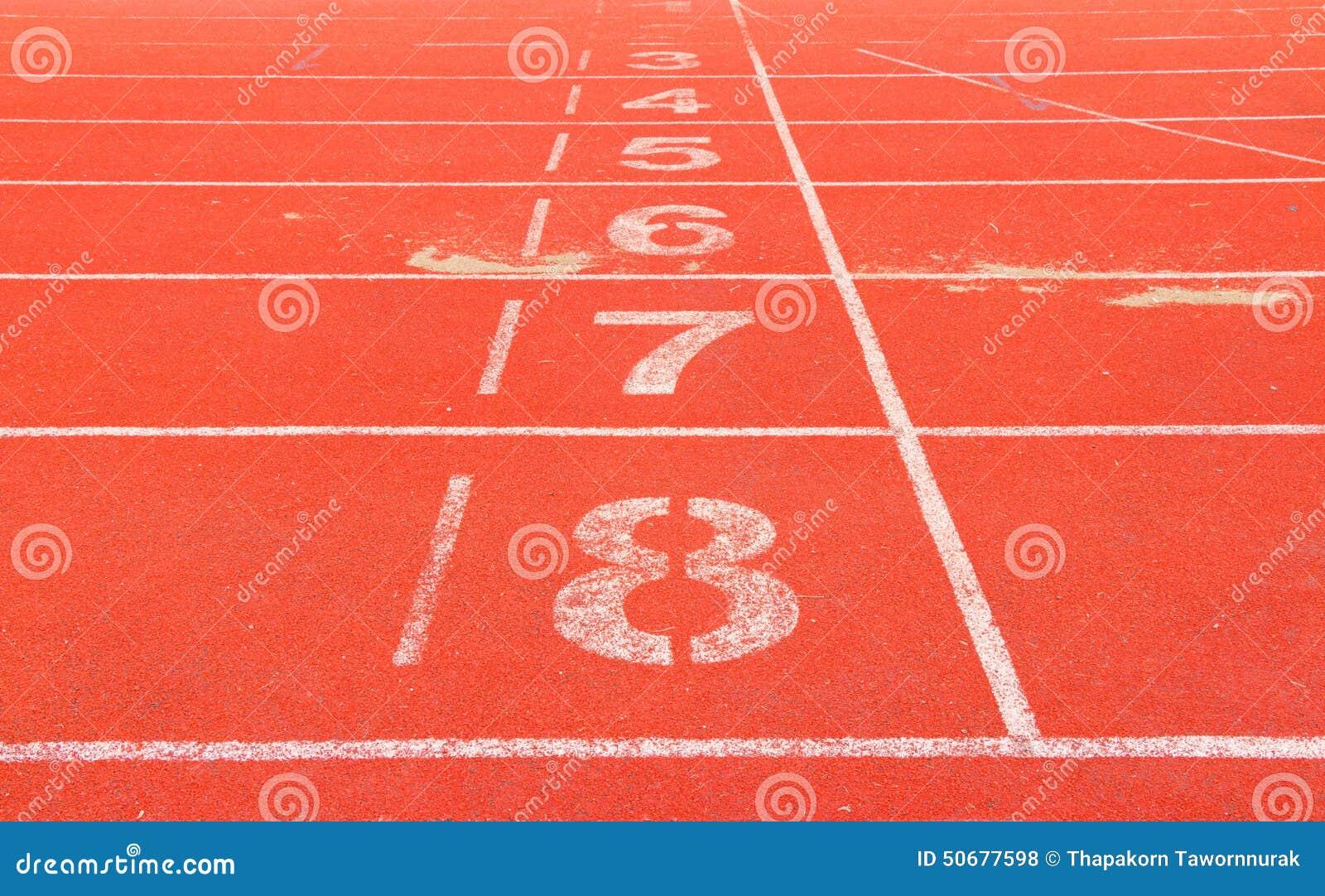Download 连续跟踪 库存照片. 图片 包括有 实际, 曲线, 背包, 继电器, 短跑, 运输路线, 赛跑者, 陆运 - 50677598